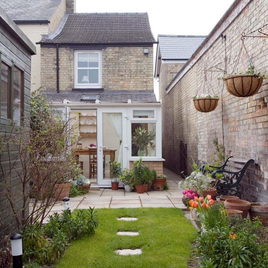 20 simple ways to improve your garden during lockdown – without ...